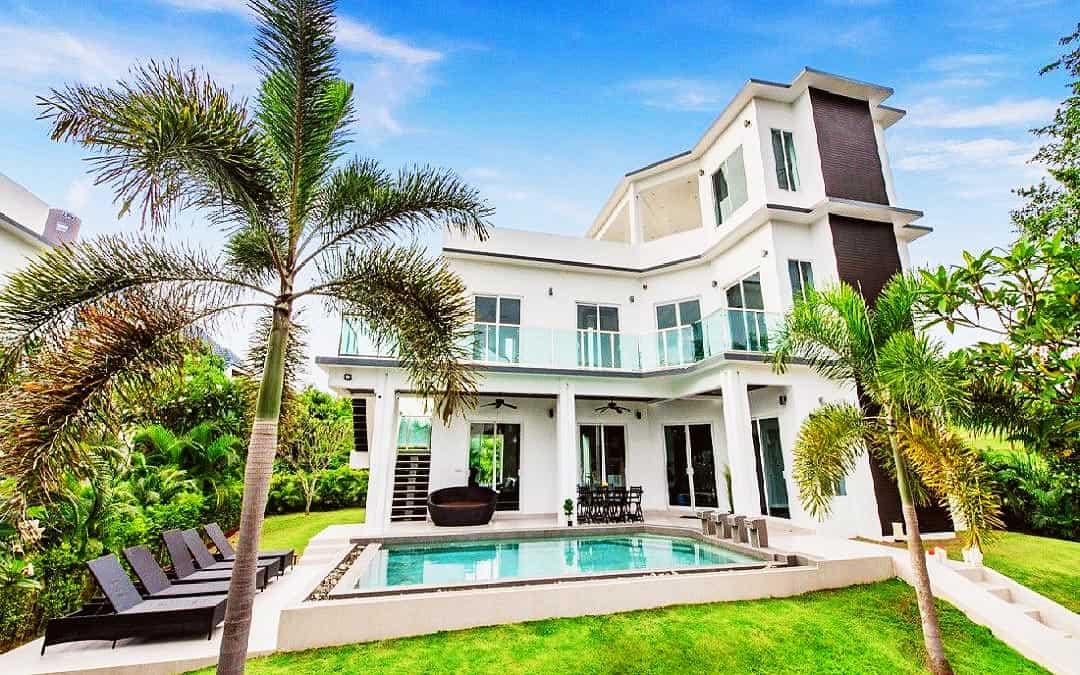 Green View - 4 Bed 5 Bath Villa for Sale