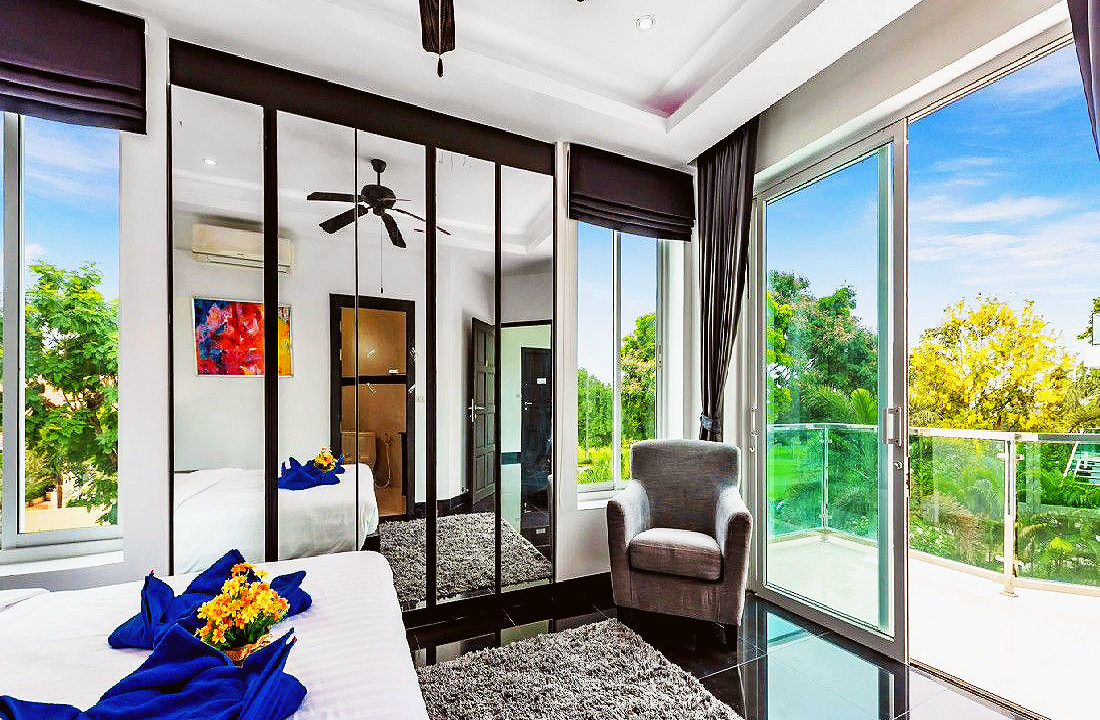Green View Villa - 4 Bed 5 Bath House for Sale