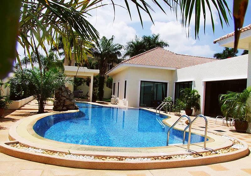 Santa Maria Villa - 5 Bed 6 Bath House for Sale